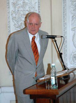Oscar E. Swan